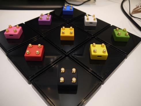 超小型信号発生器「Clock CUBE」
