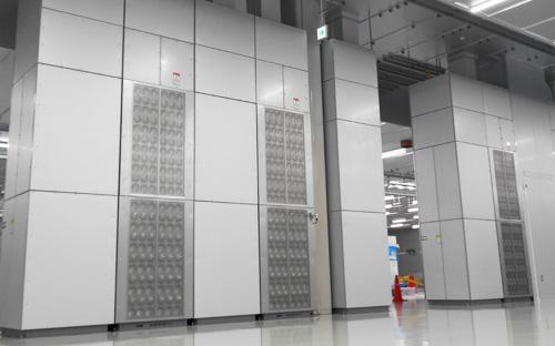 旋回流誘引型成層空調システム
