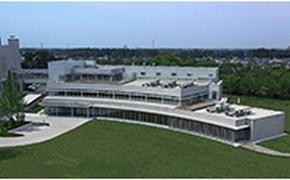 TIA関連棟の外観