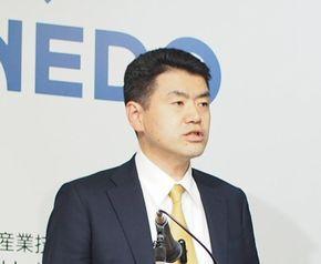 NEDO 電子・材料・ナノテクノロジー部の山崎知巳氏