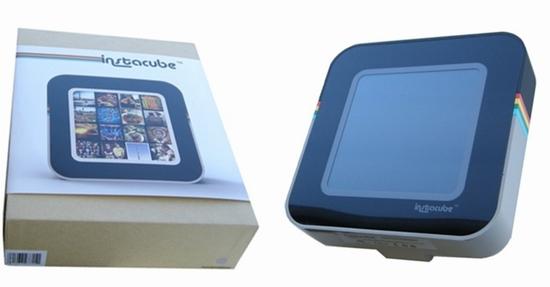 <strong>図1</strong> 「Instacube」のパッケージ(左)と外観