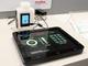 モレックス、静電容量方式による液面センサー展示