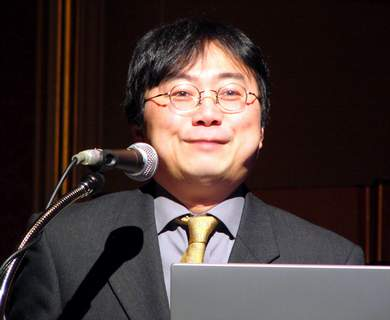 芳賀義典氏