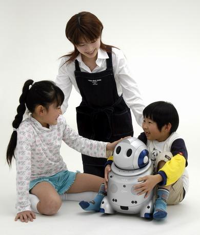 チャイルドケアロボットPaPeRo