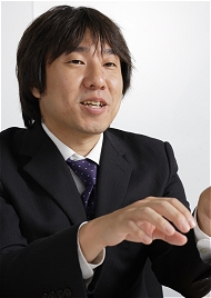 赤木賢博氏