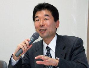 鈴木友峰研究員