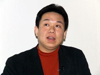 山内祐平助教授