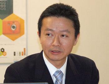 山田ディレクター