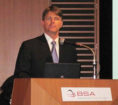 BSAのジェフリー・ハーディー副会長