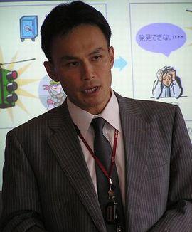 山本浩二氏