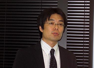 新製品と社内ブログの展望について語る関信浩代表取締役