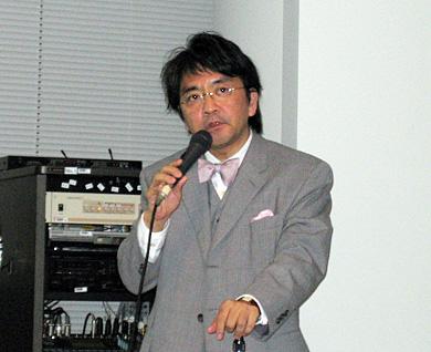 中村氏はかつて郵政省で規制緩和、省庁再編に従事した