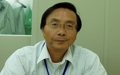 富永純司氏