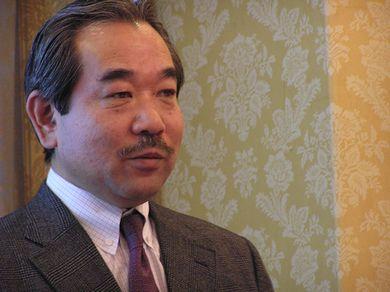 石本龍太郎氏