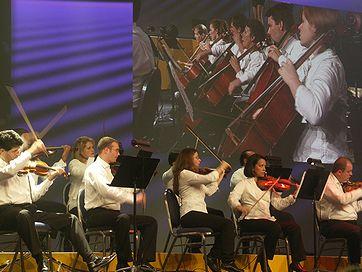 symphony02.jpg