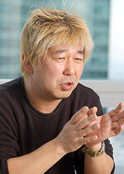 土屋敏男氏