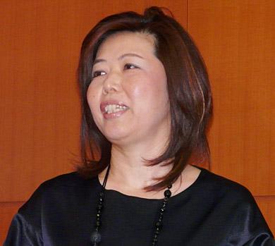 ユニファイドコミュニケーション推進部部長の佐々木美恵氏