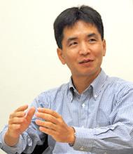 堀内浩二氏。株式会社アーキット代表、意志決定力を強化する研修、教育事業に注力している