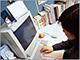 Report:1月の中小企業は雇用増、給与減