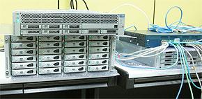 サン社内の検証センターで稼働するSun Storage 7000