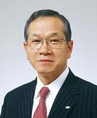 間塚道義氏