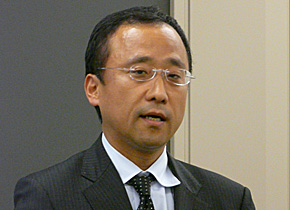 日本IBM クラウド・コンピューティング事業 吉崎敏文執行役員