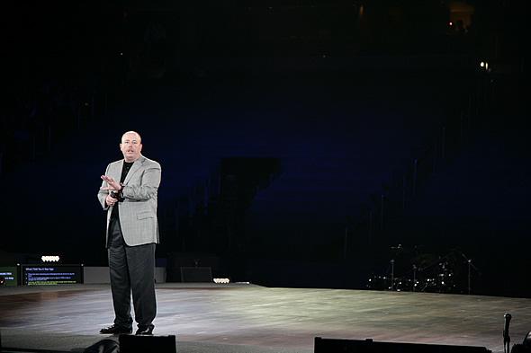 Microsoft COO ケビン・ターナー氏のテンションは最初から最後まで衰えなかった