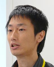 開発担当したNRIネットコム インターネット営業推進室 開発リーダーの佐々木拓郎氏