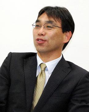 GTS事業 データ・センター・サービス企画 ミドルウェアサービス 亀井信一部長