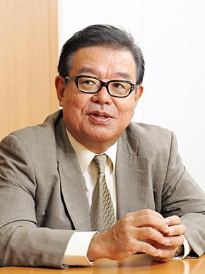 慶應義塾大学 環境情報学部長の村井純教授