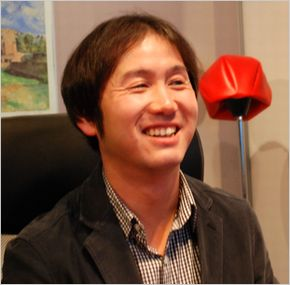 201112_satouharuo1.jpg
