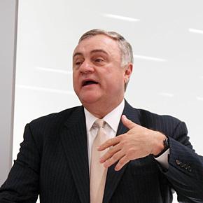 米IBM シニアバイスプレジデント兼グループ・エグゼクティブ ソフトウェア&システムズのスティーブ・ミルズ氏