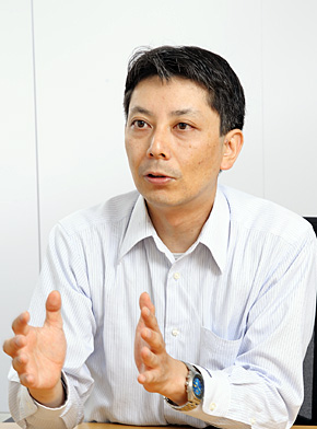 日本IBM システム製品事業 システムx事業部 テクニカルセールス シニアITスペシャリスト システムズ&テクノロジー・エバンジェリストの早川哲郎氏