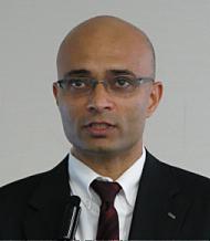 記者説明会に臨む日本IBMソフトウェア事業担当のヴィヴェック・マハジャン専務執行役員
