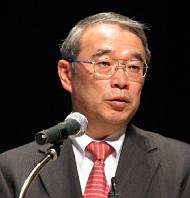 講演に臨むNECの遠藤信博社長
