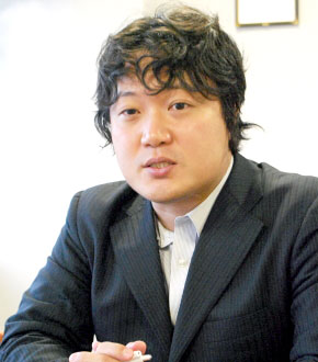 mr_iwakami.jpg
