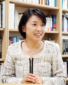 一橋大学大学院 国際企業戦略研究科の大薗恵美教授