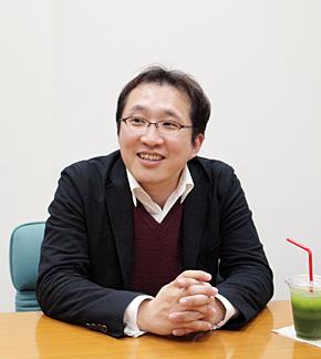 ファンケル グループサポートセンター 情報システム部 コーポレートシステムグループ グループマネジャーの渡辺拓人さん。神奈川県横浜市出身