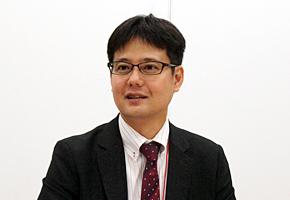 沖縄県国保連合会 情報・介護課 情報管理係の稲嶺安洋係長