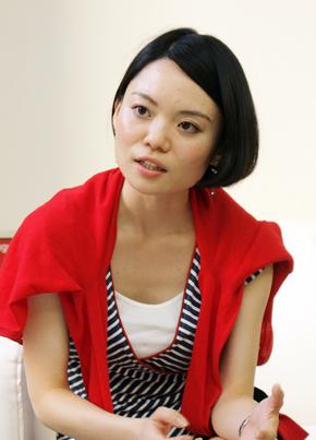 コスメ・コム 商品企画グループ マネジャーの田島有希子さん