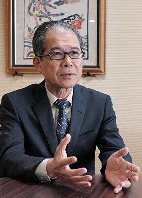 沖縄県 商工労働部 部長の小嶺淳氏