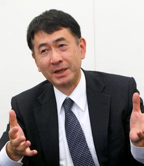 飯塚博之氏