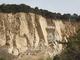 """土砂災害の危険性、土に含まれる水分量で""""素早く""""察知——NECが開発"""