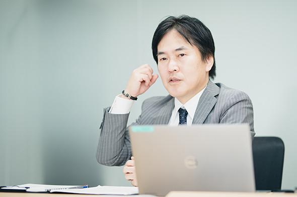 調査結果についてコメントするデル執行役員の清水博氏