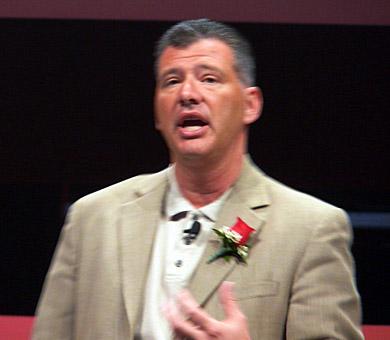 新製品の魅力を語るWebSphereソフトウェア担当のゼネラルマネジャーであるトム・ロザミリア氏