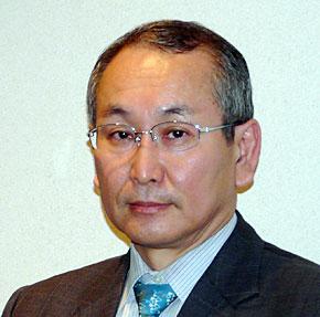 <strong>志賀典人常務取締役</strong>。1973年に日本交通公社(現JTB)入社。2000年市場開発部長。2001年取締役。2005年常務取締役就任、経営企画、IT戦略(CIO)、広報を担当。2007年事業創造、CIO担当。2008年総合企画、事業創造、CIO担当。2009年2月より現職