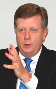 米GXSグローバルセールス シニアバイスプレジデントを務めるジョージ・シュルツ氏