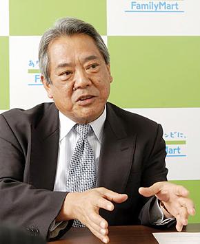 「海外では地道な積み重ねが不可欠だ」と語るファミリーマート 常務取締役 常務執行役員の井上史郎氏
