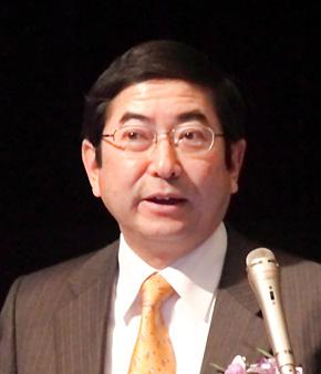「世界の常識は日本の非常識、日本の常識は世界の非常識」と語る、早稲田大学ビジネススクール教授の相葉宏二氏