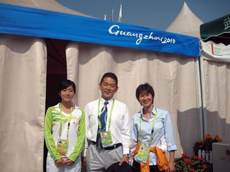 アシスタントのティティと日本からドーピング検査の手伝いに来ていた阿部さん